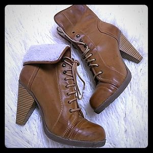Mia cuffed leather boots NWOT